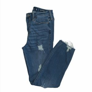Hollister high rise slim straight jeans size 3
